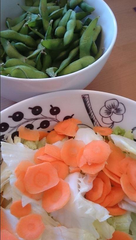 枝豆と簡単サラダ