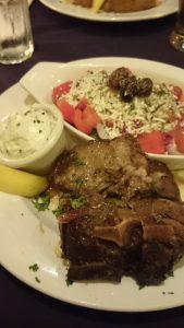 ギリシャ料理のラムロースト