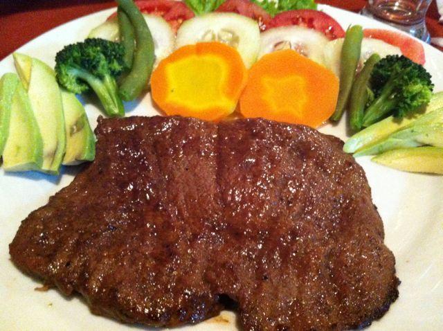 ペルーの巨大ステーキ